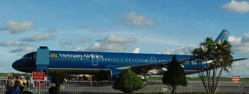 vietnam airlines in blue aerospace coatings